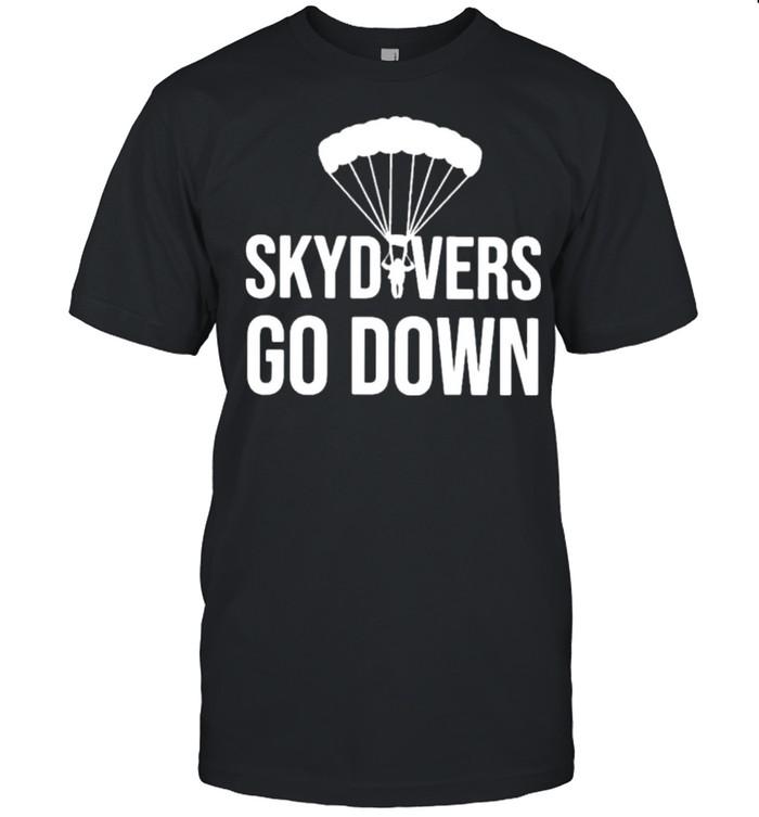 Skydivers Go Down shirt Classic Men's T-shirt