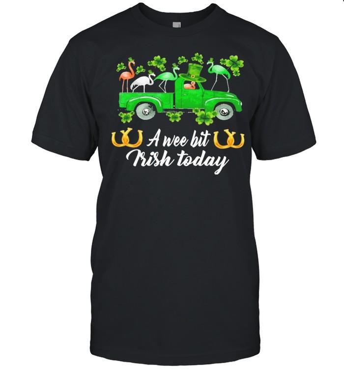Flamingos Car St Patrick's Day a wee bit Irish today shirt Classic Men's T-shirt