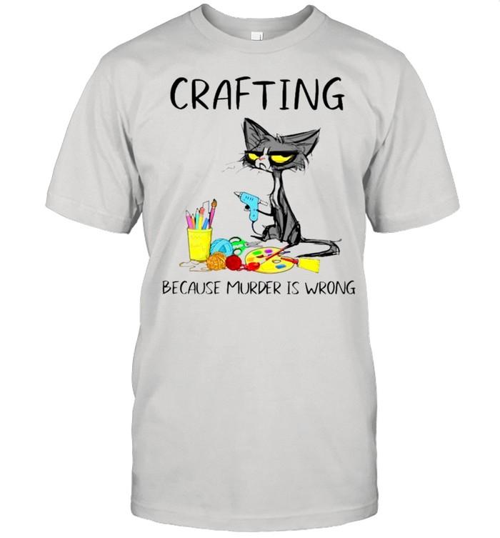 Black cat crafting because murder is wrong shirt Classic Men's T-shirt