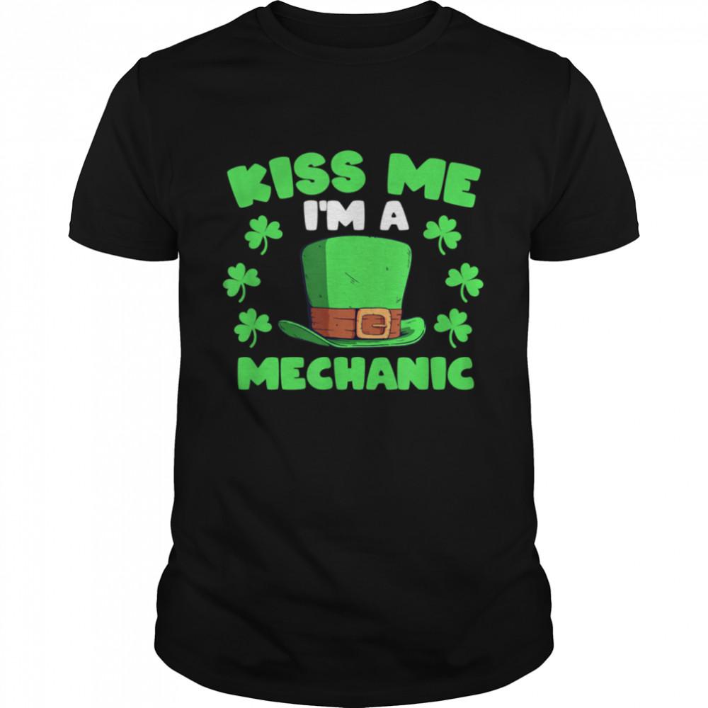 I'm A Mechanic Mechanic Elf Shamrock Elves shirt Classic Men's T-shirt