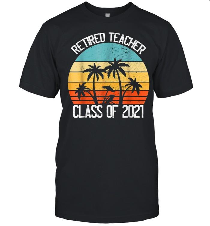 Retired Teacher Class of 2021 Vintage T- Classic Men's T-shirt