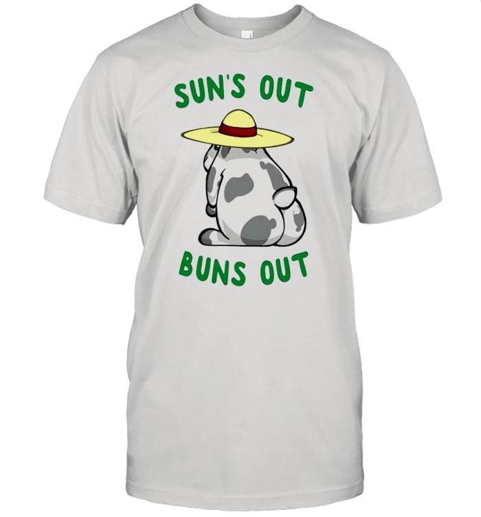 Bunny suns out buns out shirt Classic Men's T-shirt