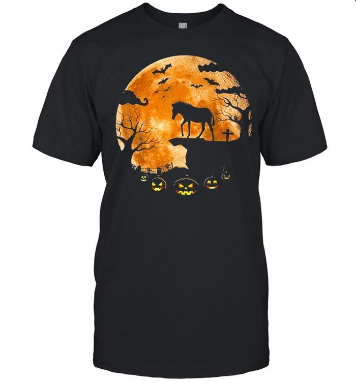 Horse and moon halloween shirt Classic Men's T-shirt