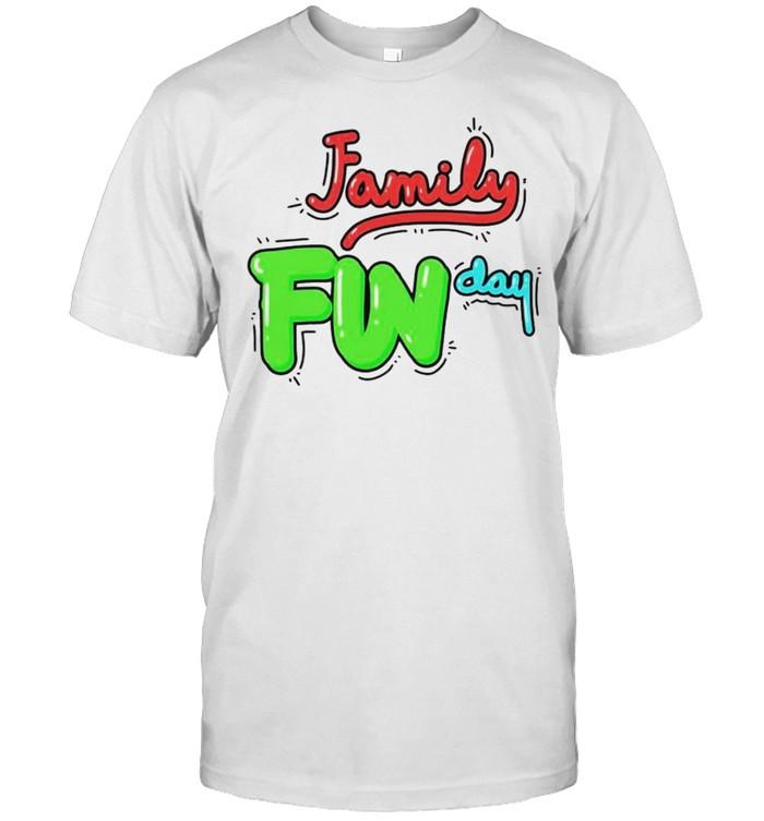 Family fun day shirt Classic Men's T-shirt