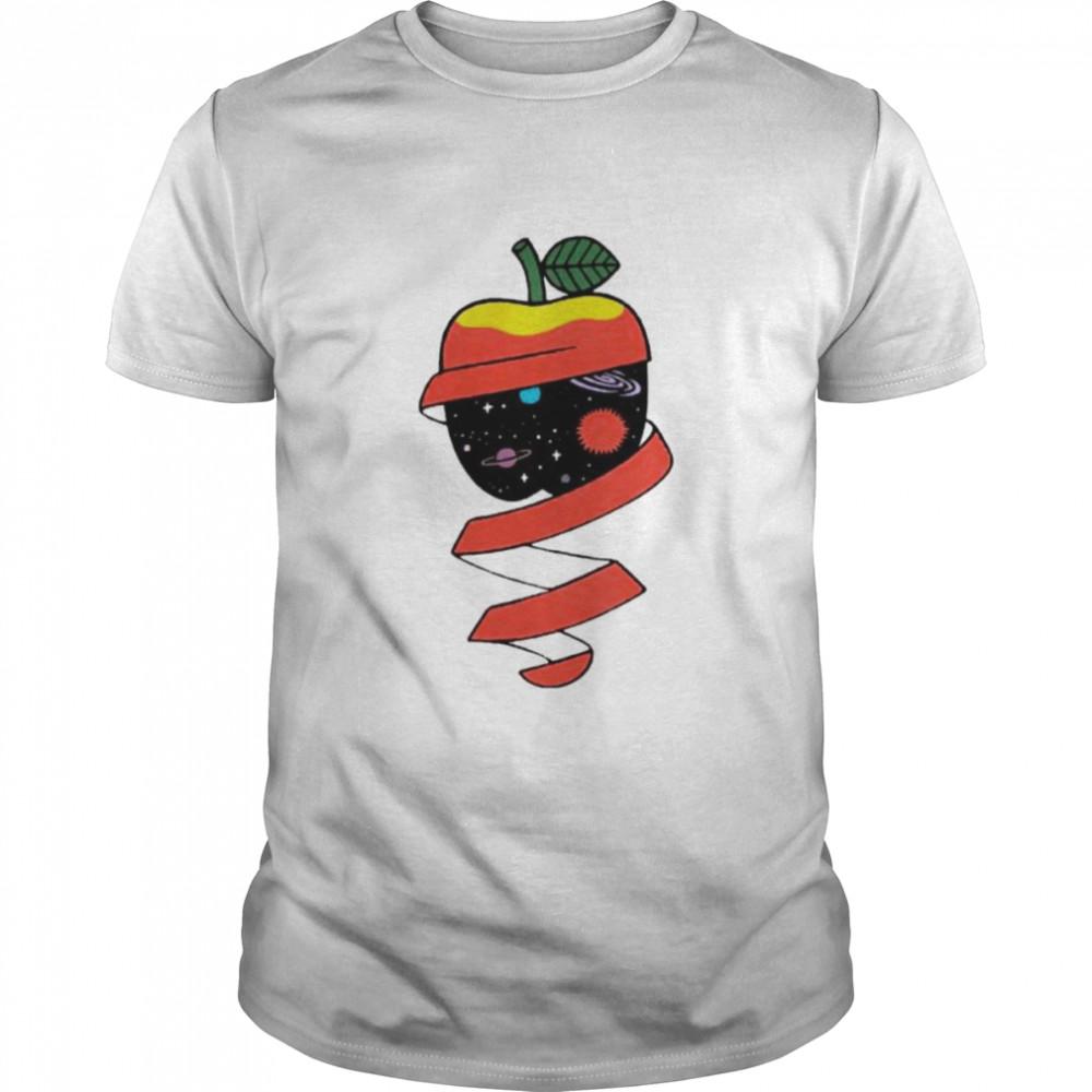A beautiful healthy apple shirt Classic Men's T-shirt